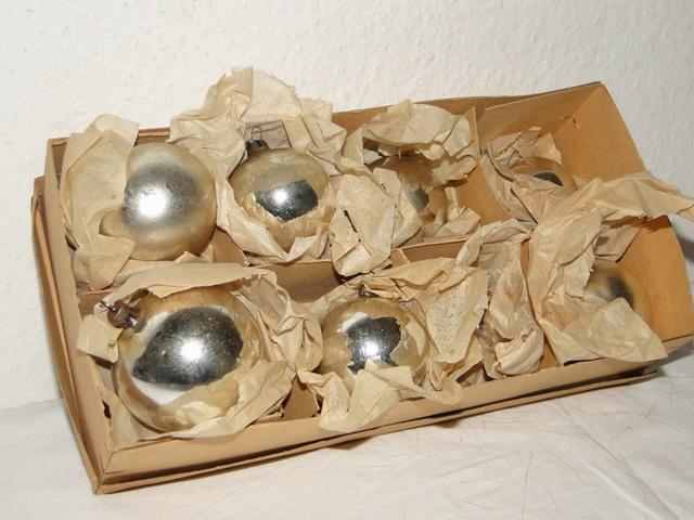 antiker weihnachtsschmuck kugel vogel cupcake. Black Bedroom Furniture Sets. Home Design Ideas